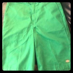 "DICKIES ""Half Pants"" (men's shorts) Kelly Green"